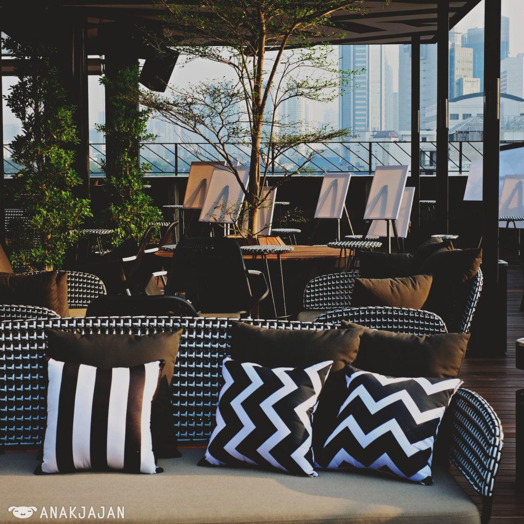 BART - Bar At The Roof Top : Tempat Hangout Seru dengan ...
