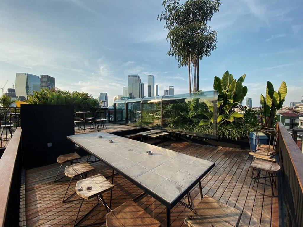 12 Rekomendasi Tempat Nongkrong Rooftop Di Jakarta Yang Indah Dan Mempesona Tempat Com
